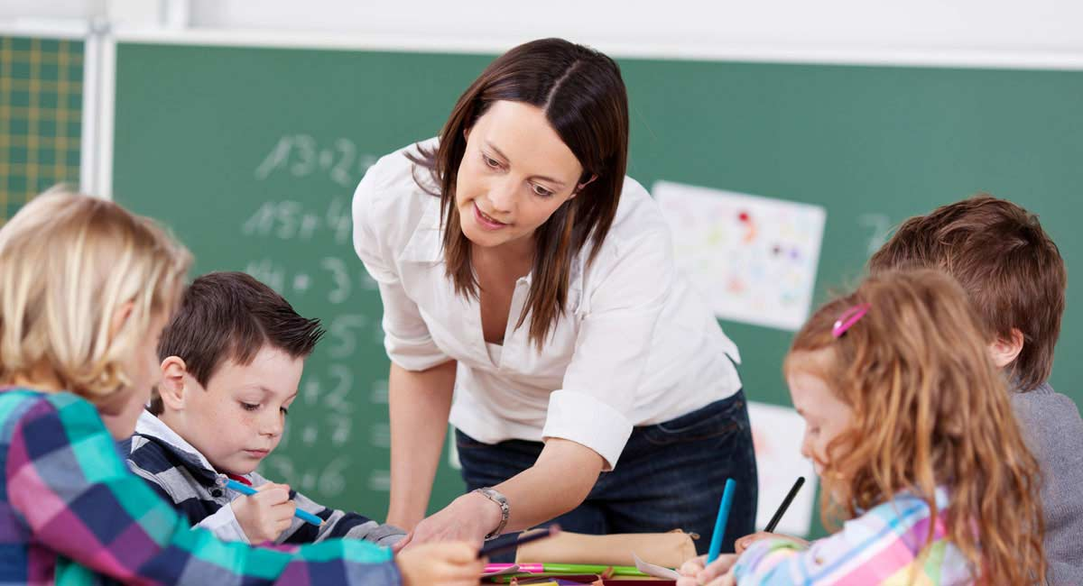how to become a teacher Teacher aides provide assistance to teaching staff in preschools, primary schools and high schools a teacher aide may be responsible for the care and.
